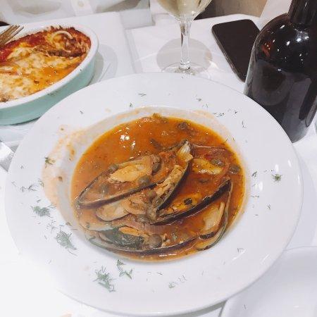 Amarcord Italian Restaurant: photo2.jpg