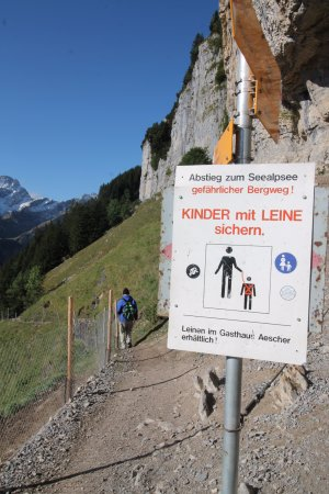 how to get to berggasthaus aescher
