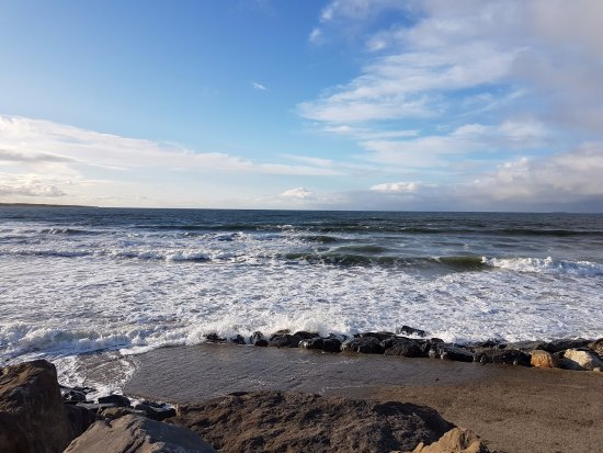 Yeats Country Hotel, Spa and Leisure Centre: Strandhill Beach