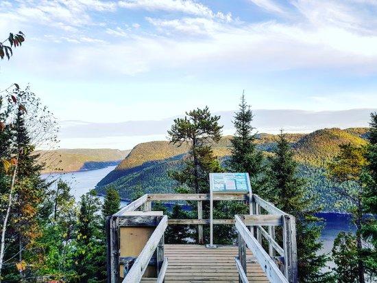 Saguenay–Lac-Saint-Jean Region, แคนาดา: Cette vue vaut l'effort du sentier
