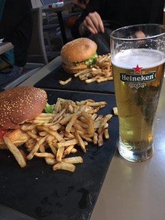 Restaurant l 39 atelier du burger dans toulouse avec cuisine for Easy cuisine toulouse