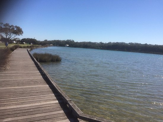 Anglesea, Australia: Along The River In The Other Direction
