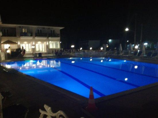 Hotel Karras: IMG_20170914_224315_large.jpg
