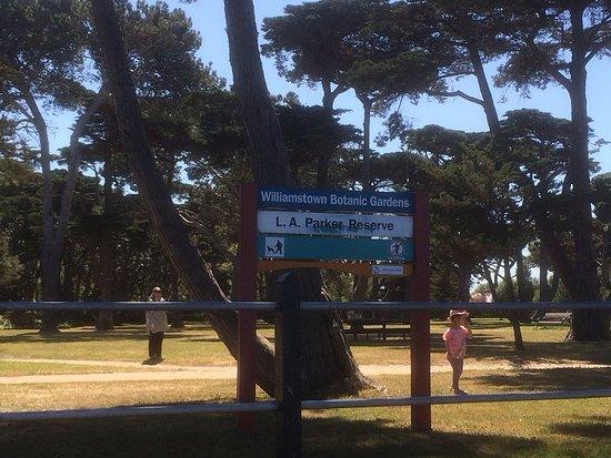 Williamstown, Australia: The Esplanade End