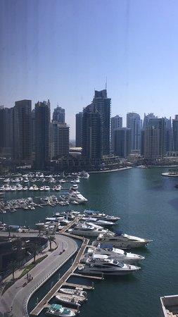 Dubai Marriott Harbour Hotel & Suites: View from 11th floor amazing