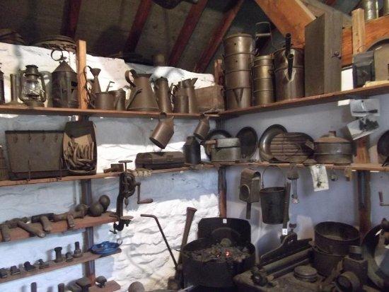 Hutton le Hole, UK: Tinsmith's workshop