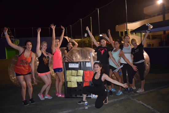 Cabo Party Fun: Natalie´s bachelorette human balls event