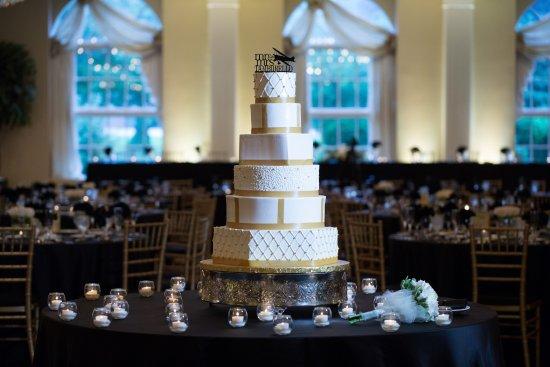Glen Ellyn, IL: Abbington Weddings
