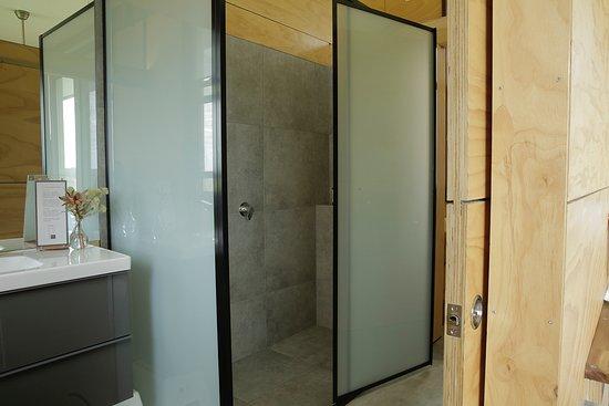 bed bauhaus boutique suites bewertungen fotos preisvergleich yallingup australien. Black Bedroom Furniture Sets. Home Design Ideas