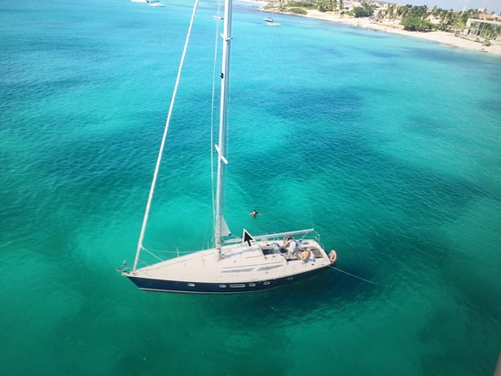 Savaneta, Aruba: Beautiful sailing