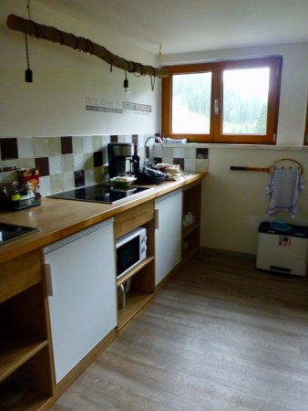 Reutte, Austria: dorm kitchen has two stove tops, two fridges, two sinks etc. Lots of room for everyone!