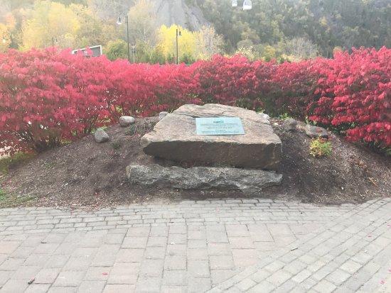 Parc de la Chute-Montmorency: Pictures of the Montmorency Falls Park.