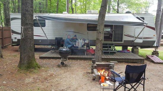 ميريديث, New Hampshire: Harbor Hills rental trailer.