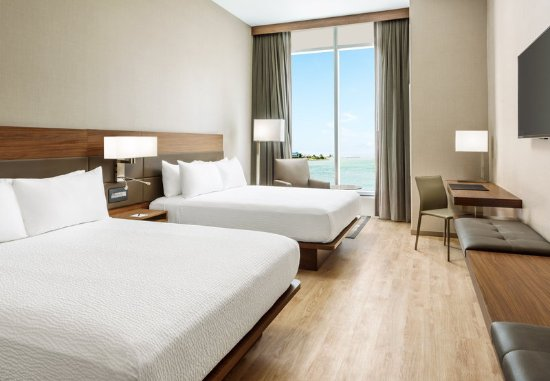 South San Francisco, CA: Queen/Queen Bay View Guest Room