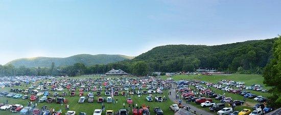 Bear Mountain Car Show