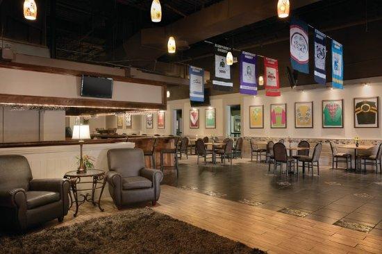 Clarksville, IN: Restaurant