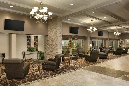 Clarksville, IN: Lobby