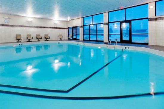 Liverpool, Estado de Nueva York: Swimming Pool