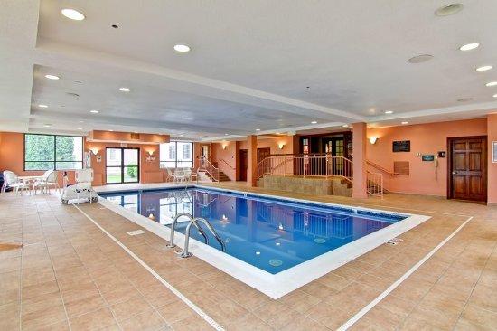 Stratford, CT: Indoor Pool
