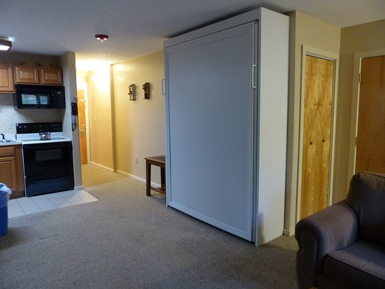 Bartlett, NH: Murphy bed in studio -- Attitash Mountain Village