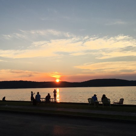 Sunset Motel on the Bay : The amazing sunset