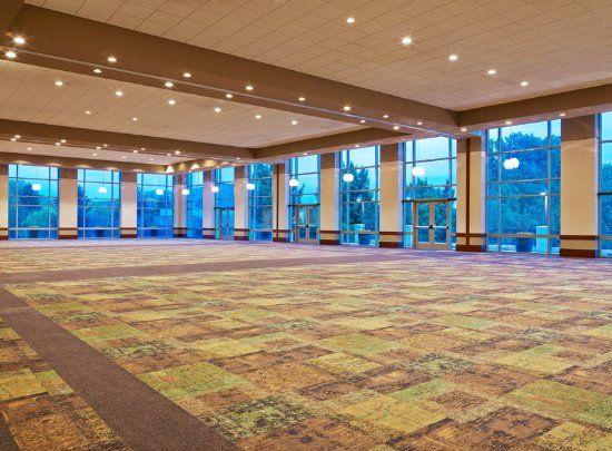 Lombard, IL: Junior Ballroom