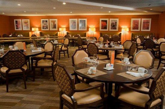 Berkeley, MO: World's Away Restaurant