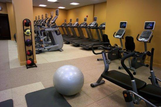 Berkeley, MO: Precor® Fitness Center
