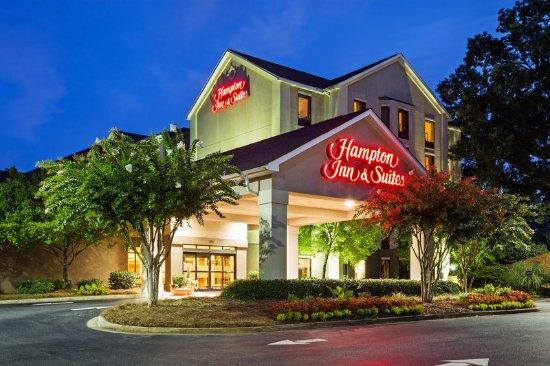 Duncan, Carolina del Sur: Hotel Exterior at Dusk