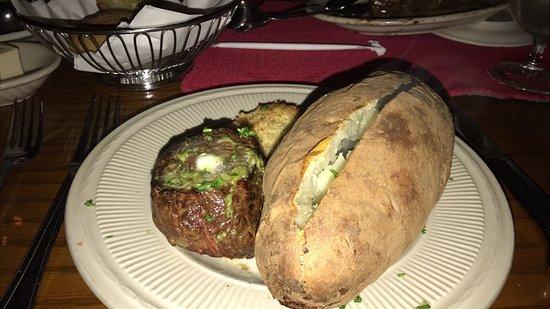 Peter's Steak House: photo0.jpg
