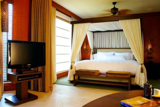 Westin Sohna Resort and Spa: Guest Room