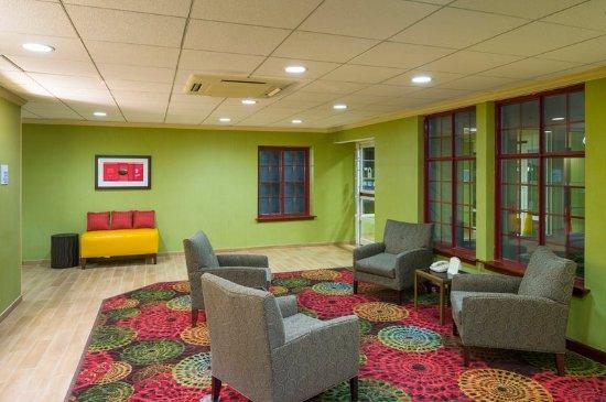 Frazer, PA: Lobby Lounge