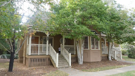 Adairsville, GA: Cottage 1500