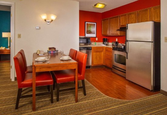 เอลลิคอตต์ซิตี, แมรี่แลนด์: Two-Bedroom Suite Kitchen