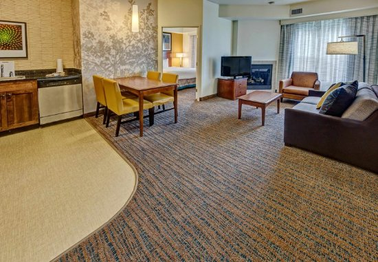 Southaven, MS: Two-Bedroom Suite