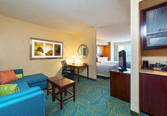 Longmont, CO: Suite Living Area