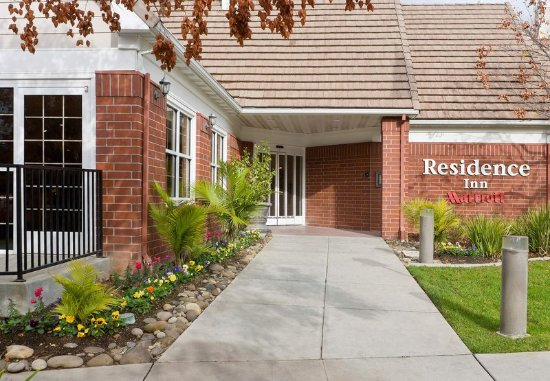 Rancho Cordova, CA: Entrance