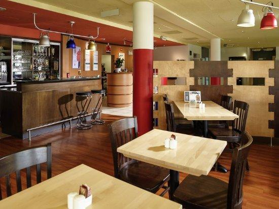 Granges-Paccot, Switzerland: Restaurant