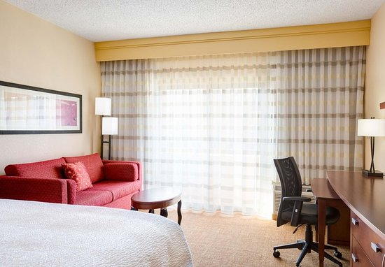 Cary, NC: King Guest Room