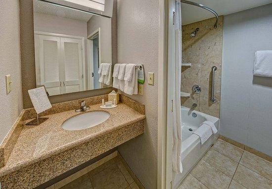 Abilene, Teksas: Guest Bathroom