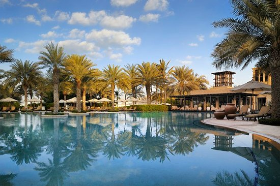 Residence & Spa at One&Only Royal Mirage Dubai: Arabian Court, Pool and Eauzone Restaurant