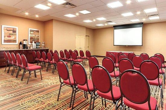 Hampton Inn by Hilton Edmonton/South: Meeting Room