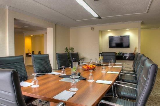 Radisson Hotel Sudbury: Executive Lounge
