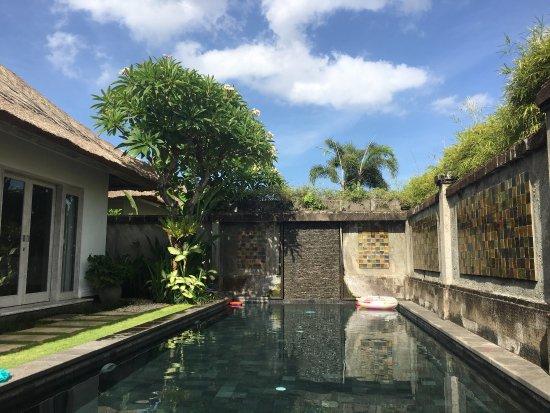 Serene Villas: photo1.jpg