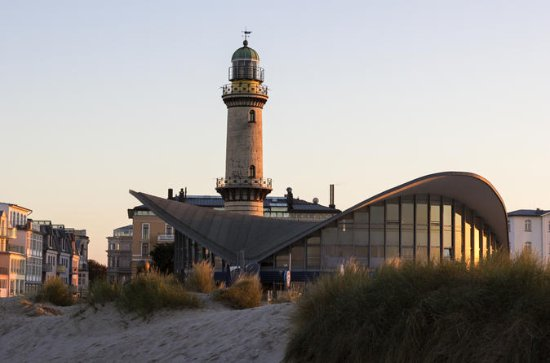 Hanseatic Treasures: Full day shore...