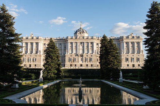 Private Tour: Palacio Real de Madrid...