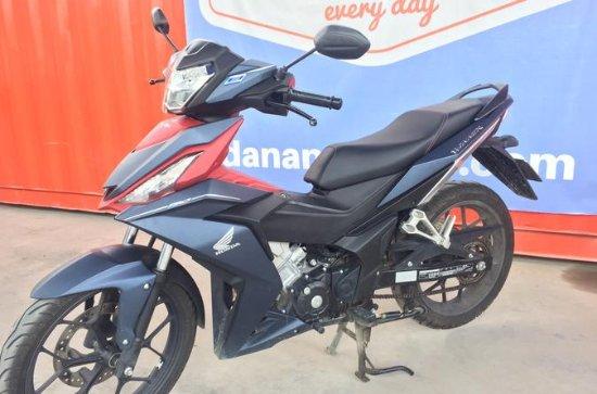 Honda Winner 6-gear noleggio moto