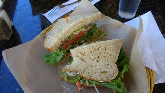 Kalaheo Cafe & Coffee Company: Veggie sandwich