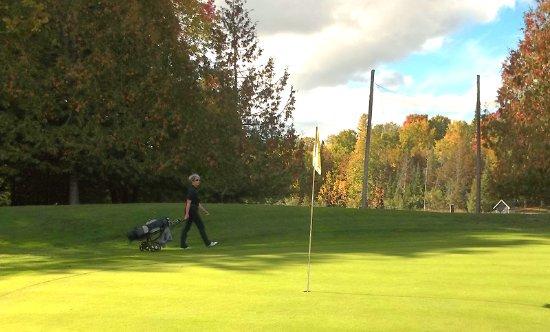 Lanark, Kanada: Fall view of Blue Heron 5th Hole