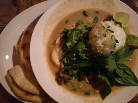 Tree-House Cafe: Green Curry